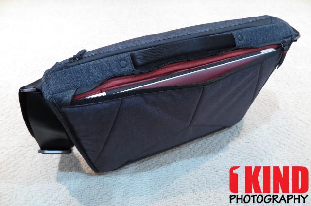 4524f3e9e916 Review  Peak Design The Everyday Messenger 15 Bag
